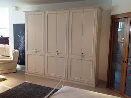 guardaroba ante scorrevoli prezzi gallery of armadio 6 ante in legno laccato laccato opaco classico