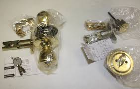 Exterior Door Knob Replacement by Ideas How To Remove Kwikset Door Knob How To Remove A Door Knob