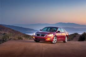 2015 nissan altima jd power nissan promises big changes for altima u0027s mid cycle refresh