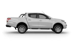 mitsubishi truck 2015 mitsubishi motors to introduce all new triton in south africa
