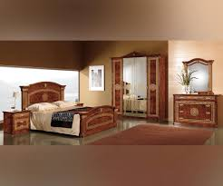 Italian Bedroom Sets Mcs Alexandra Alexandra Walnut Finish Italian Bedroom Set With 4