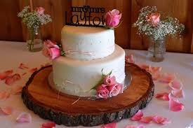 How To Decorate Chocolate Cake At Home Wedding Cake Little Sister Sweets