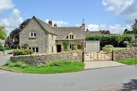 The Cotswolds Cottages by Beehive Cottage To Rent In Poulton Character Cottages