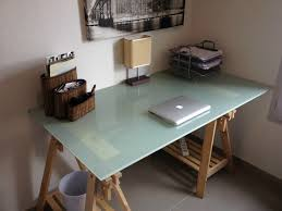 bureau ikea plateau verre ikea bureau verre élégant table plateau verre ikea bureau en bois