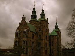 spooky desktop wallpaper medieval spooky shot rosenborg castle copenhagen denmark creepy