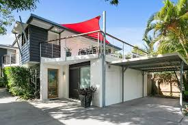sunshine beach real estate holiday