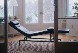 contemporary chaise longue leather aluminum by charles u0026 ray