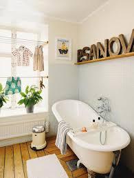 Vintage Bathroom Decor Ideas by