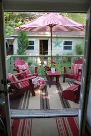 deck backyard ideas best 25 small decks ideas on pinterest simple deck ideas small
