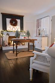Country Living Room by Top 25 Best Cottage Christmas Ideas On Pinterest Cottage