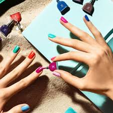 10 things not to do while waiting for your nails to dry