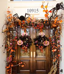 Halloween Door Wreaths 28 Spooky Front Door Halloween Decoration Inspirations Halloween