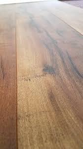 Laminate Flooring Amazon Turtle Bay Floors Sawmilled Acacia Floating Laminate Flooring 12mm