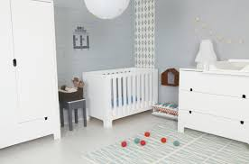 couleur de chambre de b emejing chambre bebe bleu gris blanc gallery antoniogarcia info