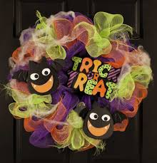 Halloween Mesh Wreaths by Deco Mesh Wreaths Leisurearts Com