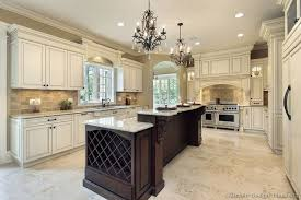 Two Color Kitchen Cabinets Traditional Two Tone Kitchen Cabinets 165 Kitchen Design Ideas