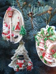 1977 hallmark twirl about bell ringer vintage ornament