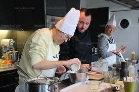 commis de cuisine beauchastel des personnes handicapées apprennent à cuisiner chez