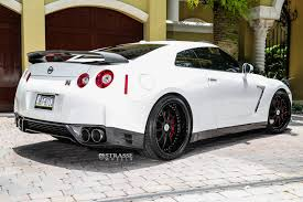 skyline nissan 2015 pearl white 2015 nissan gt r black edition with r10 strasse wheels