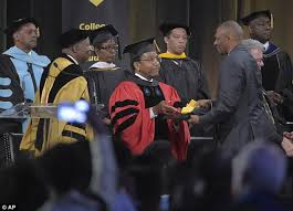richard collins iii u0027s dad accepts his degree at graduation daily