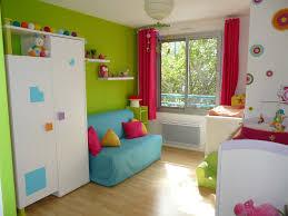 peinture pour chambre enfant chambre bebe jaune et bleu