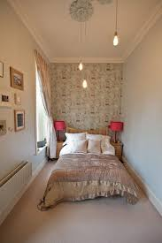Bedroom Decorating Ideas Small Spaces Interior Design - Bedroom decorating ideas for small spaces