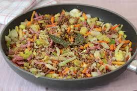 comment cuisiner le poireau a la poele poêlée de lentilles et légumes pour paresseuses et