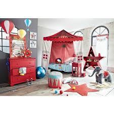 chambre a theme une chambre pour enfant sur le thème du cirque maison du monde