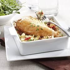 cuisine filet de poulet filet de poulet sur lit de semoule aux saveurs exotiques