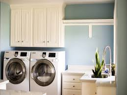 Modern Laundry Room Decor by Laundry Room Size Excellent Garage Laundry Room Design Small