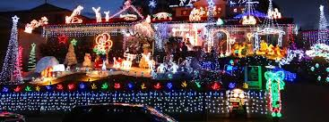 Outdoor Christmas Decorations In Australia by Tips For Safe Roof Top Holliday Decorations This Season From Pops