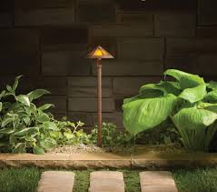Led Landscape Lighting Low Voltage by How To Do Landscape Lighting Right Tips Ideas U0026 Products