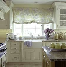 French Lace Kitchen Curtains 73 Best French Country Decor Images On Pinterest Country Kitchen