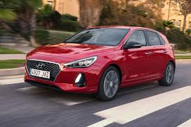 hyundai i30 1 4 t gdi 140ps premium 2017 review by car magazine