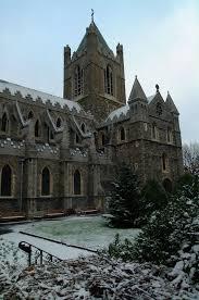 christmas market at dublin u0027s christ church cathedral irish