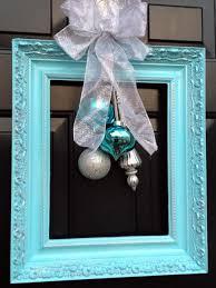 Holiday Door Decorating 10 Christmas Door Decorations Diy