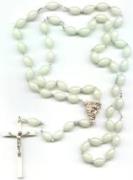 glow in the rosary free st postcards free catholic gifts glow in the