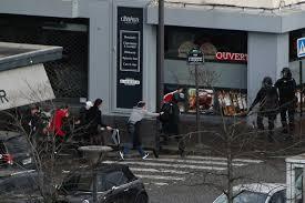bureau de change vincennes gunmen take hostages in two standoffs with