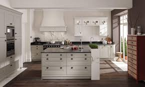 shaker fitted kitchen design