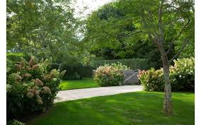 Michael Jackson Backyard Michael Jackson U0027s Talent Manager Sandy Gallin Lists Hamptons Home