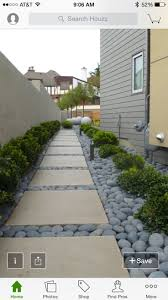 Front House Landscaping by Best 25 Side Yards Ideas On Pinterest Side Yard Landscaping