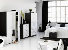 Best Black And White Home Decor Images On Pinterest Black - Ideas for black and white bedrooms