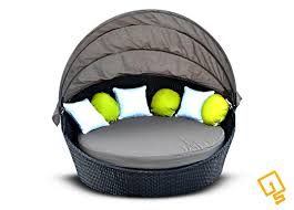 is round day bed