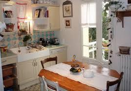 decoration de cuisine deco cuisine chaleureuse idées décoration intérieure farik us