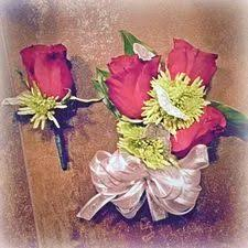 How To Make A Wrist Corsage Diy Wrist Corsage Attach Flowers To Bracelet Diy Pinterest