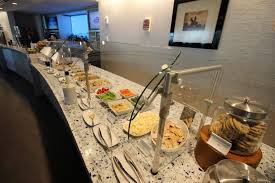 Seattle Buffet Restaurants by Delta U0027s New Seattle Sky Club Raises The Bar For Lounges
