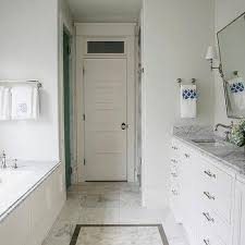 Narrow Bathroom Design Master Bathrooms Design Ideas