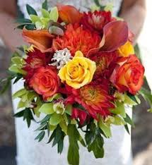 Autumn Wedding Flowers - idea for simple autumnal bouquet if my other flower ideas are not