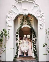 Wedding Arch Nyc Get The Rustic Wedding Style You Want With A Wedding Ceremony Arch