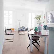 inviting open plan small apartment interior design featuring